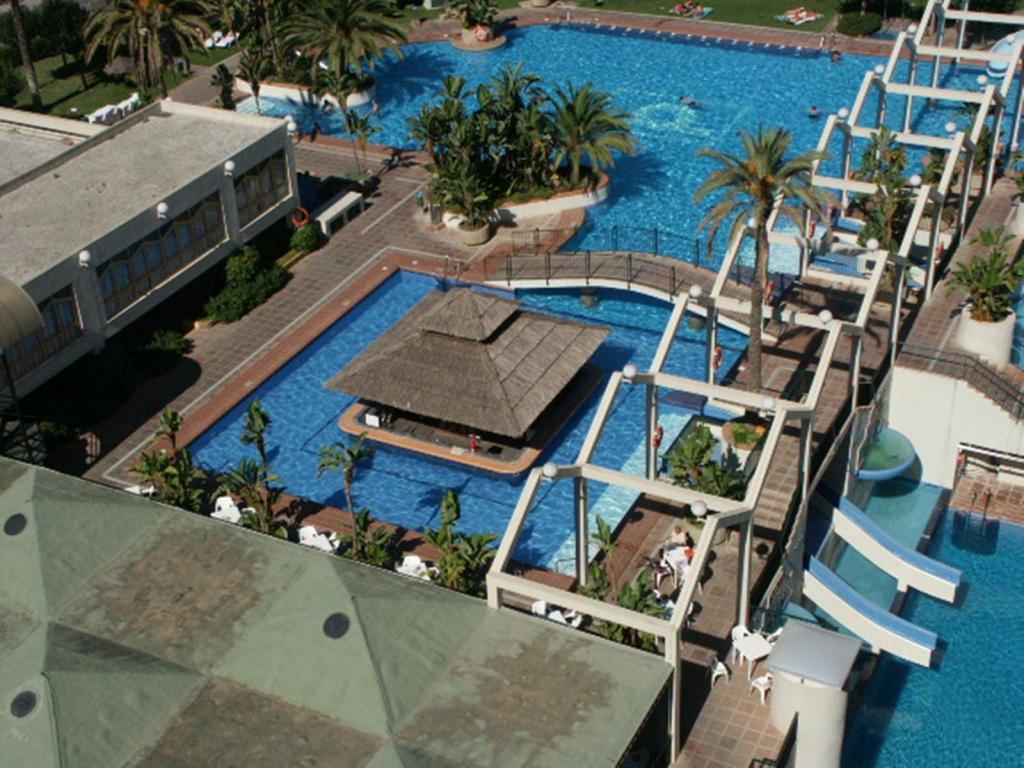 Alquiler apartamento benal beach apartamentos apartamento for Alquiler apartamentos sevilla espana